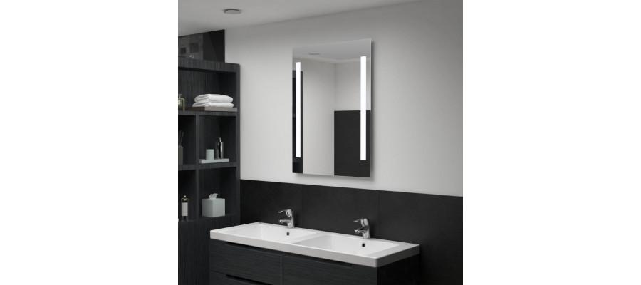 Badeværelsesspejl med LED 60 x 80 cm